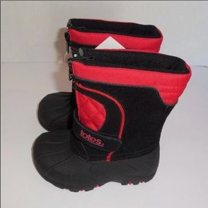 totes Shoes - Totes brand waterproof kids boots retail 60$!